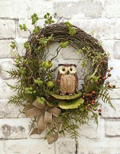 Fall Owl Wreath, Fall Wreath for Door, Fall Door Wreath, Front Door Wreath, Joke … – Kraenze – Wreaths Etsy Wreaths, Owl Wreaths, Autumn Wreaths, Wreaths For Front Door, Holiday Wreaths, Wreath Fall, Christmas Decorations, Silk Flower Wreaths, Fall Owl