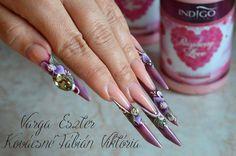 by Eszter Varga & Viktória Kovácsné Fábián  Indigo Nails Lab - Find more Inspiration at www.indigo-nails.com #Nail #Flower #Mani