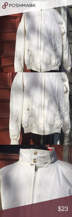 Worthington unisex vintage jacket womens 3X men XL Ok condition, some sports from age. Refer to last two photos. Haven't tried treating the stains. May be treatable. Fully lined  Any questions just ask :) Worthington Jackets & Coats Puffers