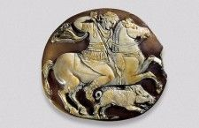Alexander the Great hunting a wild boar Italy, 1st century CE Sardonyx; collection N. F. Khitrovo, St Petersburg. - #Macedonia an ancient kingdom of #GREECE