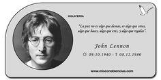 John Lennon - Músico, Cantante y Compositor Británico.  fue uno de los fundadores de la exitosa banda de Rock #TheBeatles, reconocida como la más famosa y aclamada en la Historia de la Música. #JohnLennon