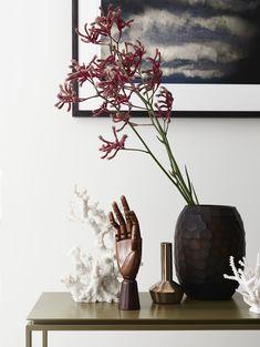 // Sisalla: Hall House. Interior Design: Sisalla. Photographer: Eve Wilson. Styling: Studio Moore