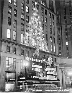 NEOMG Online Store - Cleveland Christmas at Higbee's - 1952