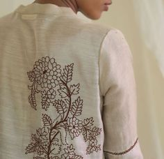 8b092e3bb7 139 Best embroidery kurti images in 2019 | Embroidery patterns, Hand ...