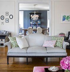Delightful Loooove This Sofa!