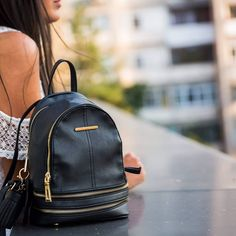 Leather Backpack, Fashion Backpack, Backpacks, Outfit, Casual, Bags, Instagram, Outfits, Handbags
