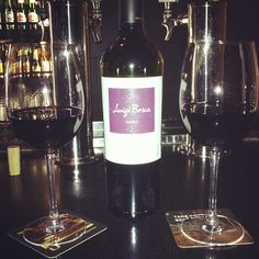 Photo by leezanneh - #ojs #originaljoes #yummy #regular #spot #date #datenight #goodtimes #love #loveit #vino #wine #red #mmm