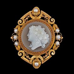 A carved stone cameo, late 19th century. 18k gold. L. 4 x 5 cm, Weight 21,3 g. French control marks.... - The Spring Classic Sale, Stockholm 568 – Bukowskis
