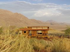 Dunes Lodge im privaten Wolwedans NamibRand Reserve Luxury Glamping, Luxury Tents, Dune, Sleeping Under The Stars, Best Lingerie, African Safari, Africa Travel, Luxury Travel, Lodges