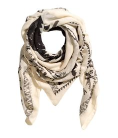 Lightweight black and white printed scarf. | H&M Accessories
