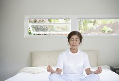 #Mindfulness #meditation helps fight #insomnia, improves #sleep
