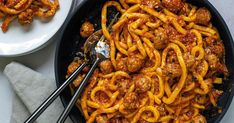 Scott Conant makes mini Italian-style meatballs and homemade tomato sauce for a comforting pasta dinner. Scott Conant, Pasta Dishes, Rice Pasta, Pasta Noodles, Fall Recipes, New Recipes, Dinner Recipes, Favorite Recipes, Cooking Recipes