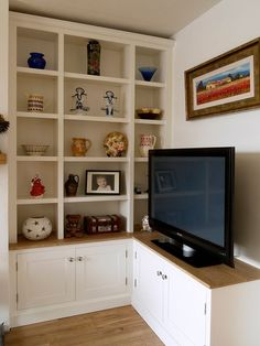 Belfast Bookcase Company have extensive experience in designing, manufacturing & fitting alcove bookshelves, media cabinets in Northern Ireland.