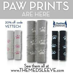Paw print med sleeves!