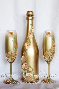Resultado de imagem para garrafa de champanhe decorada pedrarias