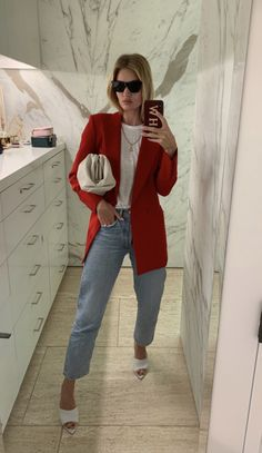 """noirsilk: """"I love when she posts her outfits """" Fashion Moda, Look Fashion, Fashion Outfits, Classy Outfits, Casual Outfits, Looks Style, My Style, Moda Outfits, Look Blazer"""