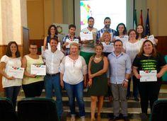 El pasado 20 de junio concluyó en el centro de Innovación Social La Noria, el I curso de Community Management en Cofradías de la Provincia de Málaga.   Como docente del curso me siento orgullo de esta primera promoción: Communities Managers con vocación de servicio público