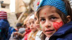 شو بتحكي عيون هالطفل جنوب #دمشق في 14/04/2017 South of #Damascus on 14/04/2017 #Syria #Damascus #دمشق #سوريا #عدسة_شاب_دمشقي #photo #documentary #children