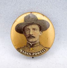Boer War 1899 1902 Pinback Badge Queen Victoria And