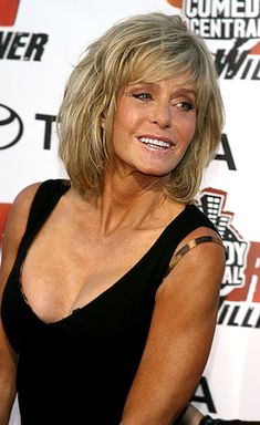 FARAH FAWCETT  DIED JUNE 2009 SHE WAS 62 SHE BATTLED ANAL CANCER   CHARLES ANGELS STAR  WHAT A BRAVE WOMAN  YOUR SWIMSUIT POSTER FROM 1976 WILL REMAIN ICONIC