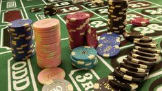 chips, casino, table - http://www.wallpapers4u.org/chips-casino-table/