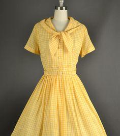 Vintage 1950s Dress / gingham plaid day dress /