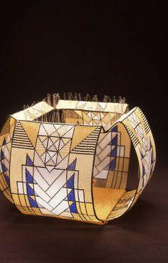 Amazing dimensional loomed beadwork by Jeanette Ahlgren