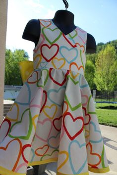 What a lovely dress! (<---- see what I did there?)