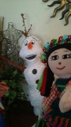 Fun day whit olaf pinata ...lol..frozen the movie