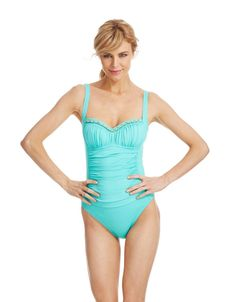 """Lord & """"Women's Health & Lord & Taylor Perfect Paradise Style""""."""