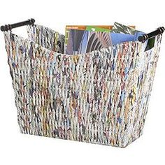 Cesta de papel reciclado  -  basket recycled newspaper