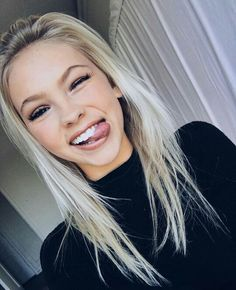 "jordyn jones]] ""hi. im 16 and single. im sisters with kenzie, loren, blake, and cameron. im super sweet but i can be sassy. Makeup Tips To Look Younger, Kardashian, Silly Faces, Girls Selfies, Pretty People, Natural Makeup, Hair Goals, Makeup Looks, Hair Beauty"