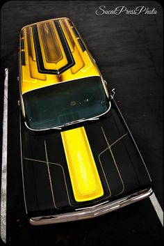 #yellow #black #  GET IN MY DRIVEWAY RIGHT THIS MINUTE!