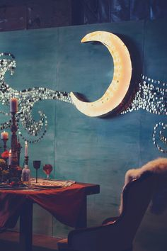 Moon decor