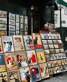 shop in Montmartre, ... Paris <3    I know exactly where this is.  I got some super cute souvenirs here. : me too!