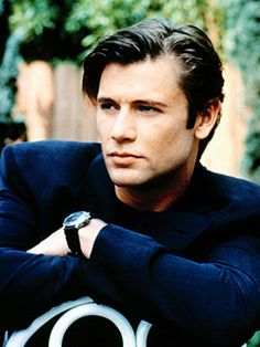 grant show - oh, jake in melrose place, one of my first sitcom favs Drama Tv Series, Cw Series, Classic Series, Classic Tv, Carrington Dynasty, Grant Show, Melrose Place, Beverly Hills 90210, Movie Couples