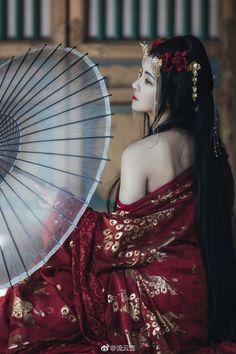 Korean Beauty, Asian Beauty, Asian Fashion, Fashion Art, Geisha Art, Kimono Design, China Girl, Chinese Clothing, Creative Portraits