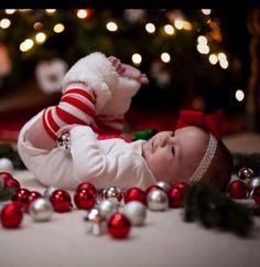 first christmas Diy Christmas Photoshoot Backgrounds Ideas Xmas Photos, Family Christmas Pictures, Holiday Pictures, Xmas Pics, Christmas Baby Photos Diy, Xmas Family Photo Ideas, Christmas Postcards, Xmas Ideas, Christmas Inspiration
