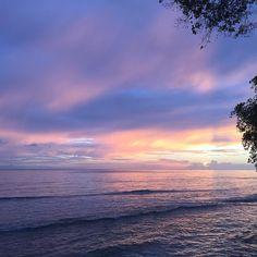 One of life's simple pleasures. #nofilter #sunset #sunsetporn #love #sea #ocean #pink #blue #red #aqua #cloudporn #orange #reflection #waves #silhouette #amazing #barbados #caribbean #lovebarbados #totallybarbados #traveldudes #traveltv #traveletting  #luxury #lux #fivestar #surroundmewithwater #myislandescape #travel #wanderlust