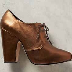 HPRachel comey Scorpio metallic Oxford boots Lea bronze. Very minor rubs around heels for trying on. Made in Peru. These are very well made. So 6.5 but fits more for 6. So I am listing as such Rachel Comey Shoes
