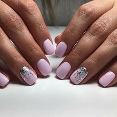 Want to know how to do gel nails at home? Learn the fundamentals with our DIY tutorial that will guide you step by step to professional salon quality nails. Silver Nails, Pink Nails, Glitter Nails, My Nails, Short Nails Shellac, Acrylic Nail Shapes, Acrylic Nail Designs, Acrylic Nails, Cute Nails