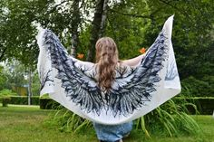 Product description for silk scarfs Scarf size - cm x cm material - silk satin Growth of the model on the photo m ' please note if you are higher Beach Bridesmaids, White Angel Wings, White Scarves, Silk Thread, Scarf Styles, Different Styles, Soft Fabrics, Scarf Wrap, Gifts For Mom