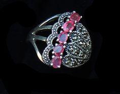 Pierścionek z rubinami.