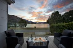 New holiday home in #Queenstwon, #NZ, available for your next #homeexchange. And yes, these views are stunning!! <3