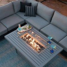 Soho Fire Table by Sirio - 4 The Effective Pictures We Offer You About outdoor Firepit A quality picture can tell you many th - Outdoor Fireplace Designs, Outdoor Patio Designs, Outdoor Kitchen Design, Diy Patio, Fire Pit Furniture, Garden Furniture, Outdoor Furniture Sets, Palette Patio Furniture, Costco Patio Furniture