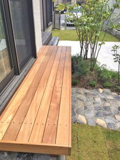 翠緑の庭ーちょっと和モダン/Clumjure GARDEN DESIGN OFFICE/ガーデンプラット Small Outdoor Patios, Japanese Garden Design, House Entrance, Garden Furniture, Ideal Home, Deck, Exterior, Refurbishment, Interior Design