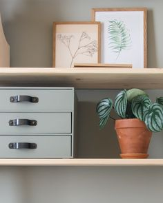 Home Office Furniture Can Make You Work Ikea Office Hack, Home Office Organization, Ikea Hack Storage, Ikea Hacks, Furniture Makeover, Diy Furniture, Ikea Ivar Cabinet, Plastic Shelves, Home Office Furniture