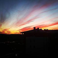 A za oknem magia. #niebo #sky #zachódsłońca #sunset #zaoknie #pin #jennydawidA za oknem magia. #niebo #sky #zachódsłońca #sunset #zaoknie #jennydawid