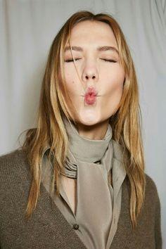 "☺ vogueweekend: ""Karlie Kloss photographed backstage at Ralph Lauren Fall New York "" Michelle Dockery, Poppy Delevingne, Leighton Meester, Olivia Wilde, Karlie Kloss, Face Expressions, Golden Blonde, Rachel Mcadams, Hilary Duff"