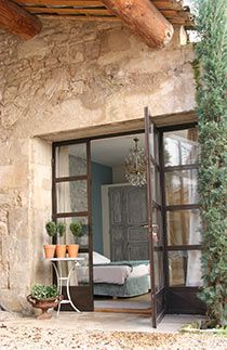 La Madone, Renaissance - My Favorite Industrial Bedroom, Industrial Interiors, Paint Colors For Home, Stone Houses, Exterior Doors, Windows And Doors, Country Decor, Cheap Home Decor, Home And Living